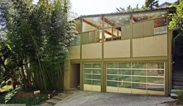 Soap Star Justin Torkildsen Makes a Quick $1.15M