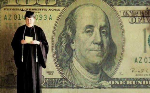 [CHI] Programs Offer Free Money for College