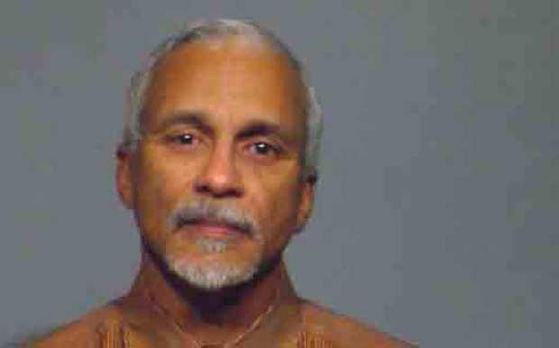 [CHI] Sen. Donne Trotter Arrested at O'Hare