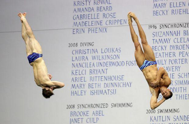 IU's Hixon wins silver in 3m synchro dive