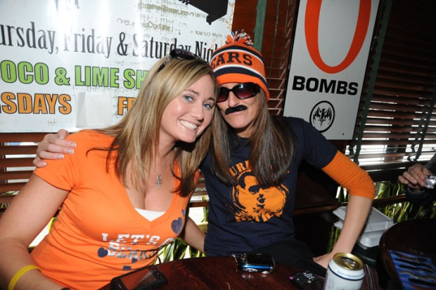 PHOTOS: Wrigleyville Bears Bar Crawl