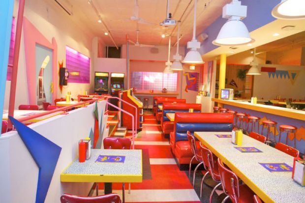 First Look: Chicago's 'Saved By the Bell'-Themed Pop-Up Diner