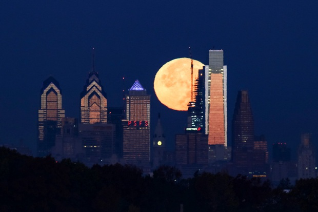 [NATL] Supermoon Sightings From Around The World