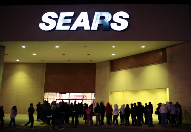 [CHI] Sears Closing More Than 100 Stores