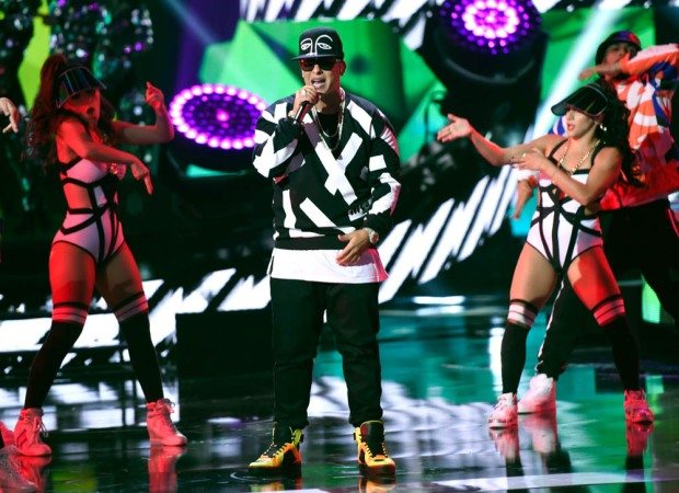 The Best Pictures From the Latin American Music Awards