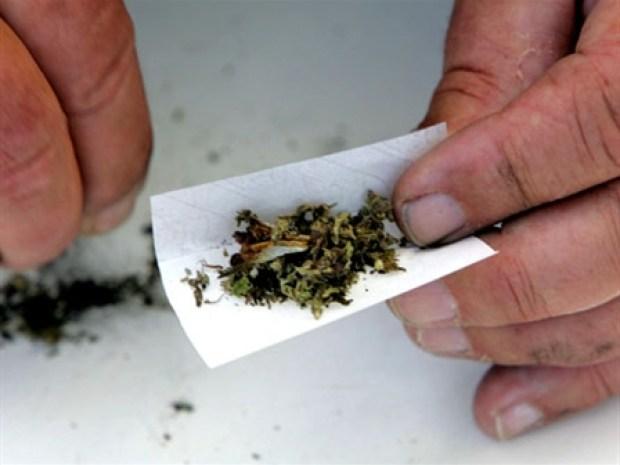 [HLTHO] Feds to Lighten Up on Medical Marijuana Sales