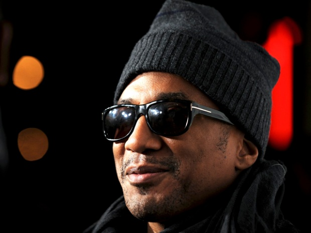 "[FREEL] VID: Rapper Q-Tip Shows Us How He Does ""the Whole Movie Thing"""