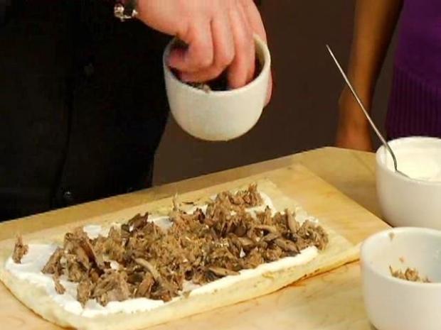 [CHI] Chef Dave Danielson Prepares Duck Confit, Mushroom Flatbread