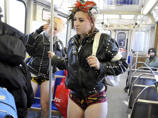 PHOTOS: No Pants CTA Ride
