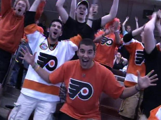 [PHI] Flyers Hockey Wild at the Wachovia Center