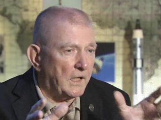 [CHI] Apollo 13 Flight Director Recalls Module Re-Entry