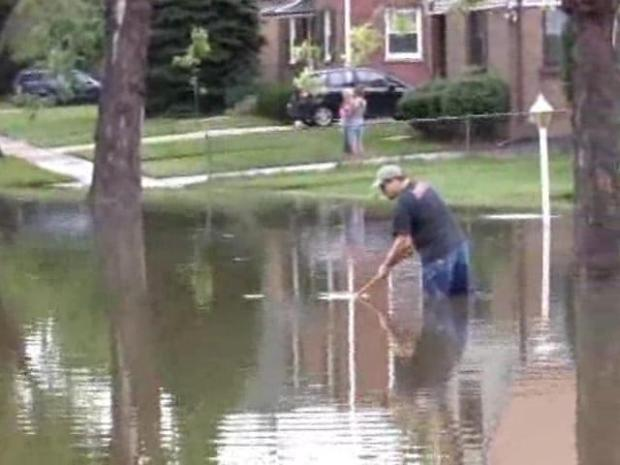 [CHI] Dramatic Footage: Flooding in Westchester