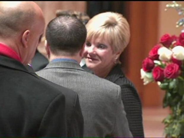 [CHI] Ron Santo's Casket Enters the Church