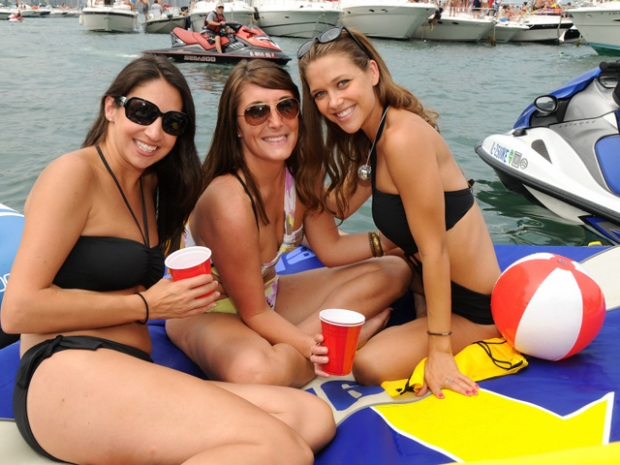 PHOTOS: Chicago Scene Boat Party