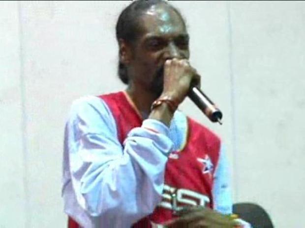 "[CHI] Snoop: ""Chicago Needs Me"""