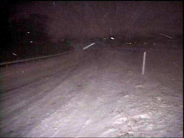 [CHI] Heavy snow blankets Northwest Indiana