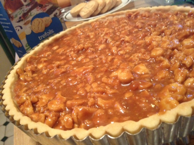 [CHI] Wayne's Weekend: Caramel Tart with Cookie Crust
