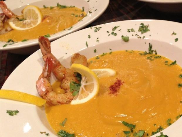 [CHI] Wayne's Weekend: Lent-Friendly Seafood Soup
