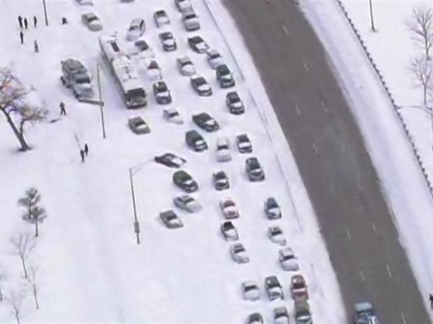 [CHI] WATCH: Cars Still Stranded on LSD