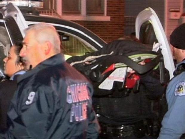 [CHI] Police Rescue Carjacked Baby