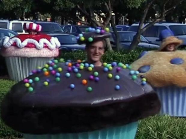 [DFW] $25K Cupcake Car, A Nod to Recession?