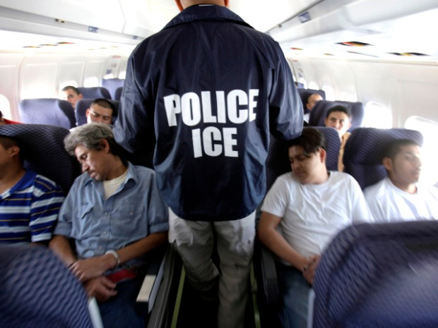 Inside O'Hare Deportation Flights