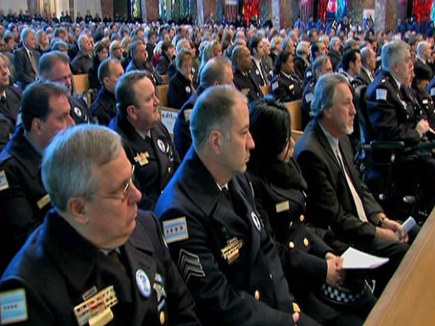 [CHI] Sea of Blue Honors Fallen Officer