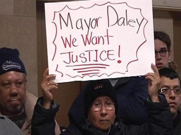 [CHI] Angry Protesters Beg for Justice