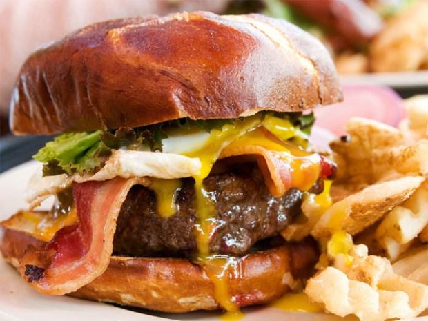 [CHI] Kuma's Burger Named Best in U.S.