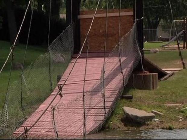 [CHI] Dozens Injured, No One Killed in Bridge Collapse