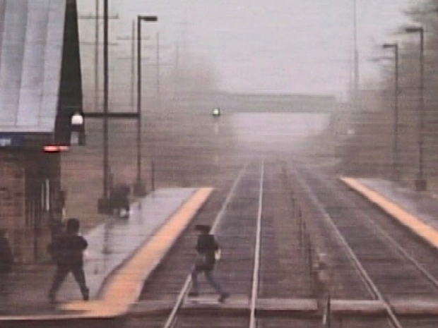 [CHI] Metra Video Shows Woman, Child Killed by Train