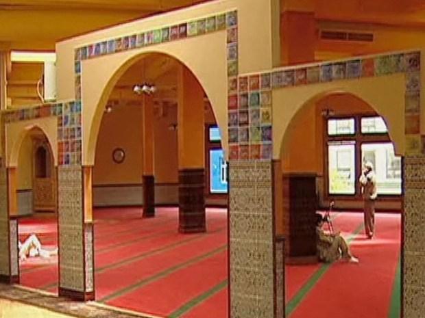[CHI] Latinas Finding Islam