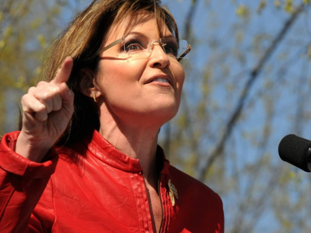 [CHI] Sarah Palin Signs Autographs