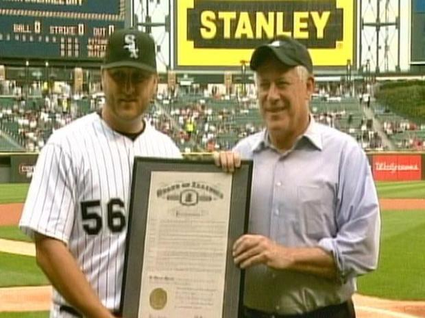 [CHI] Gov. Quinn Makes Mark Buehrle Day Proclamation