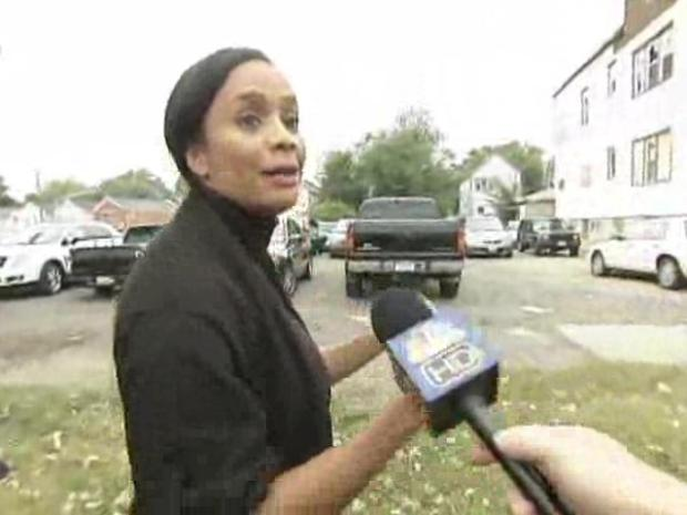 [CHI] Sandi Jackson Avoids Blagojevich Questions