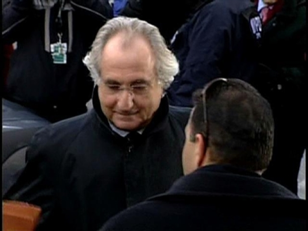 [NY] Madoff Arrives at Court Wednesday