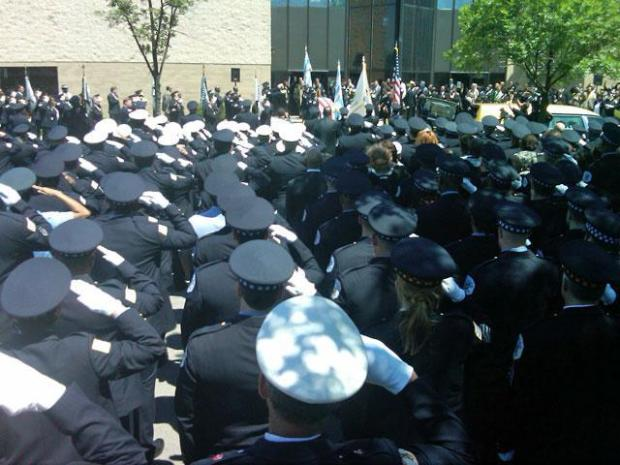 [CHI] Hundreds Turn Out for Officer Wortham's Funeral