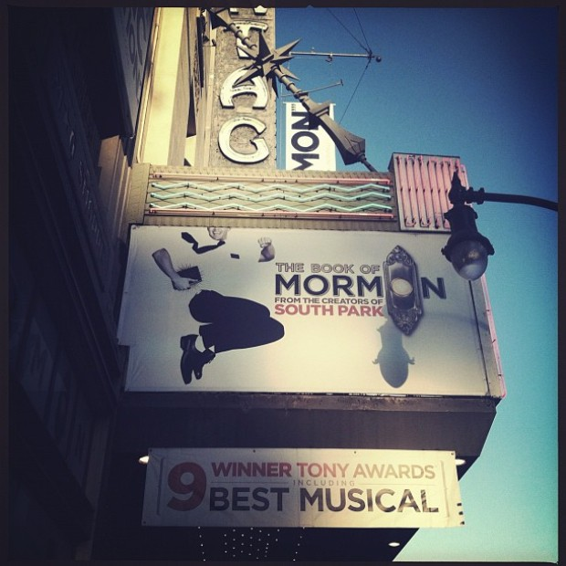 "[CHI] ""Book of Mormon"" Wows Chicago Crowds"