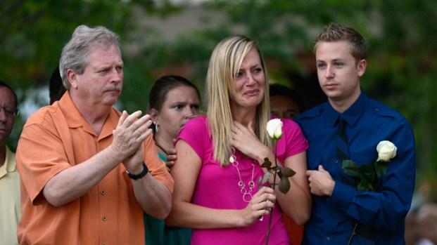 [LA] Aurora Mourns Mass Shooting Victims