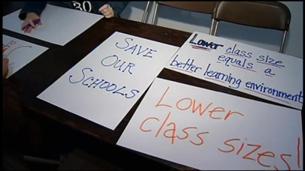 [CHI] District 300 Teachers Prep for Strike