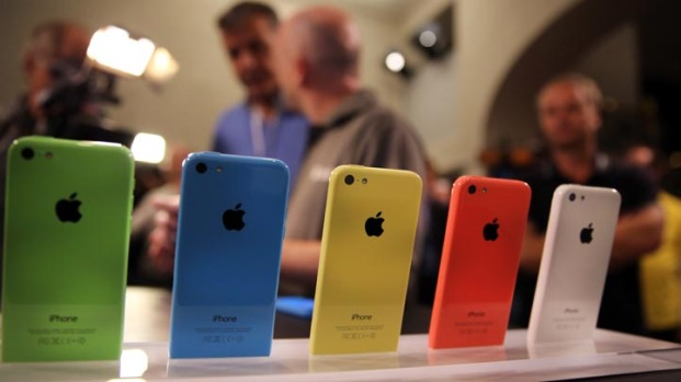 [BAY] RAW VIDEO: Apple Introduces iPhone 5C