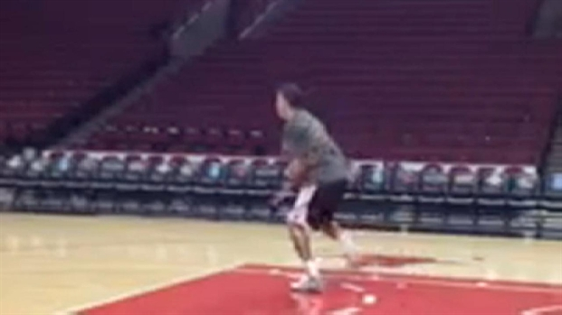 [CHI] Video: Derrick Rose Works on Agility