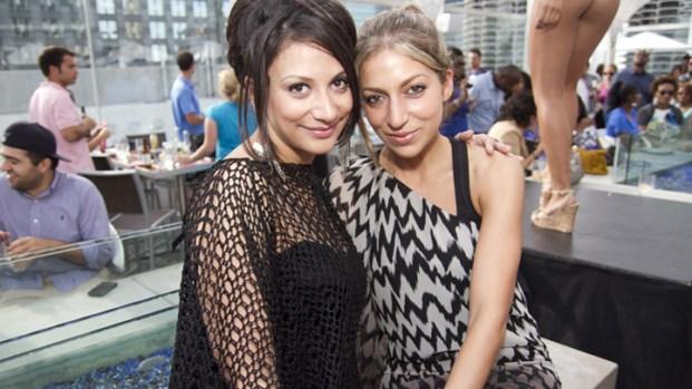 PHOTOS: AKIRA Fashion Hits theWit