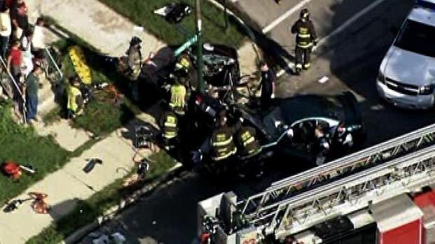 [CHI] Two Dead in Northwest Side Crash