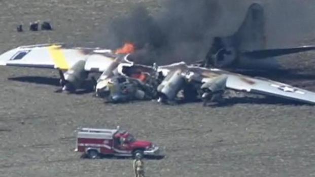 [LA] B-17 Bomber Crashes and Burns in Oswego