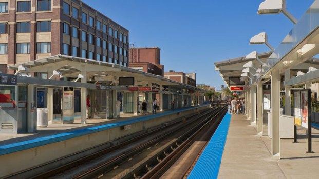 [CHI] 100 CTA Stations to Get 'Facelift': Emanuel