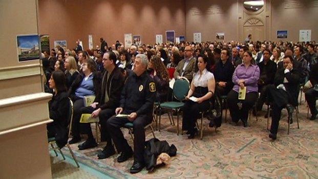 [CHI] Casino Job Fair Draws Huge Crowd