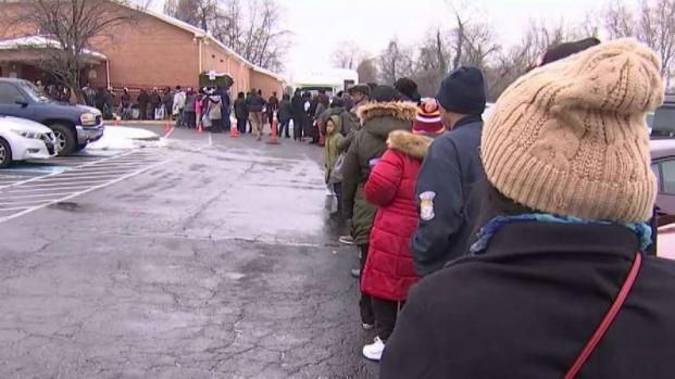 [NATL-DC] 'I Cry Every Day': Federal Workers Line Up for Free Groceries