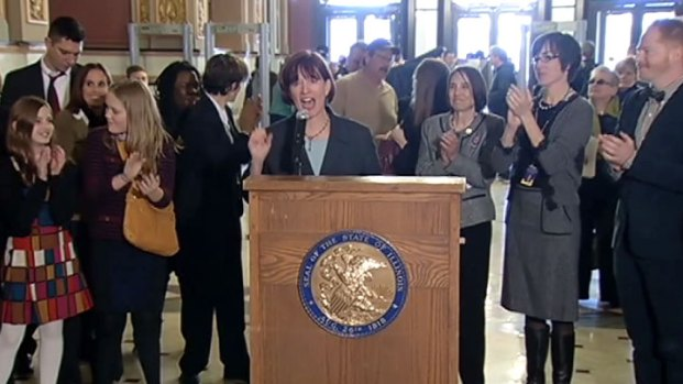[CHI] Supporters, Opponents of Gay Marriage Rally in Springfield