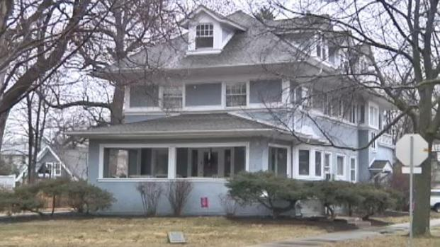 [CHI] Hemingway's Oak Park Childhood Home for Sale
